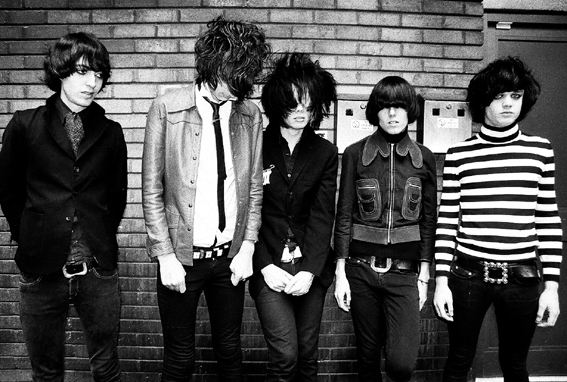 Throwback Photoshoot of The Horrors For Skying