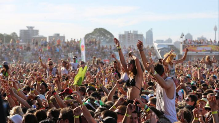 future-music-festival-crowd-pic-by-angela-padovan-69dcb708933d74d7055cea857c9e73fd